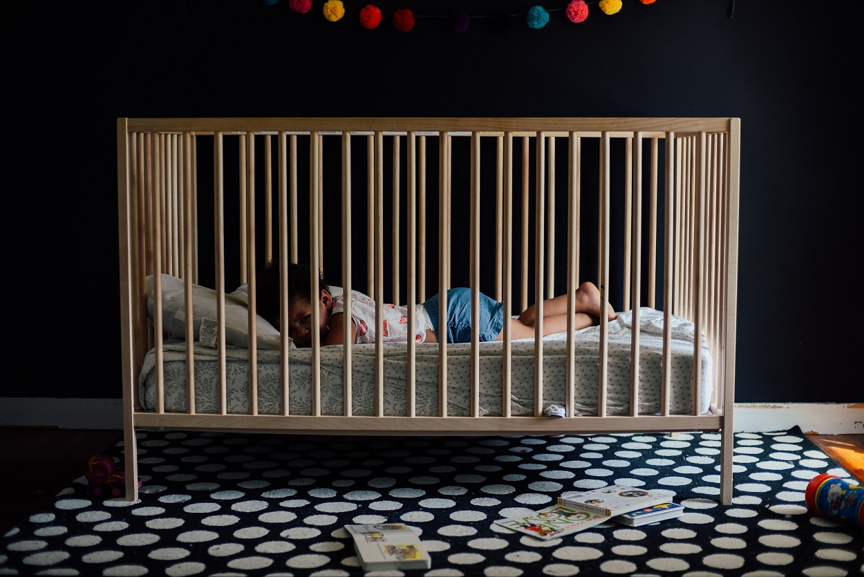Reasons why you need to darken baby room